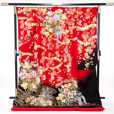 花嫁 正絹 色打掛 010049 赤 裾黒 桜 相良刺繍