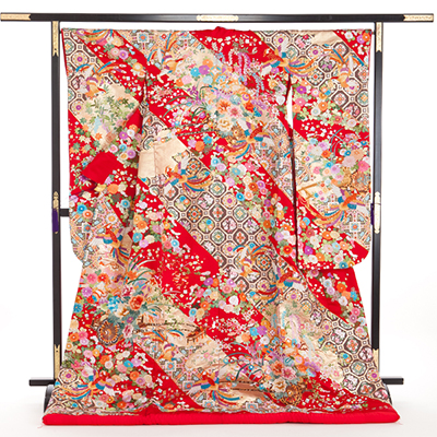 花嫁 正絹 色打掛 010052 赤 蜀甲 手縫 相良刺繍