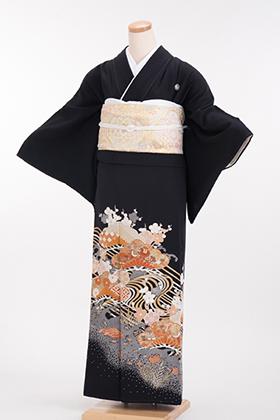 正絹 黒留袖 5紋 120012 オレンジ古典柄 流水 松