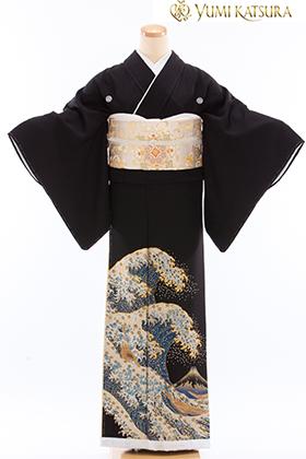 正絹 黒留袖 5紋 120083 【プレミアム】 桂由美・富士山・波