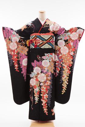 正絹・振袖【2月-12月】140137 スザンヌ 黒 藤に桜