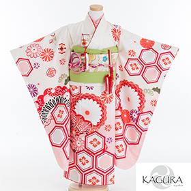 七五三 着物 7歳 四つ身セット 320168 KAGURA 白 ピンクぼかし 赤亀甲